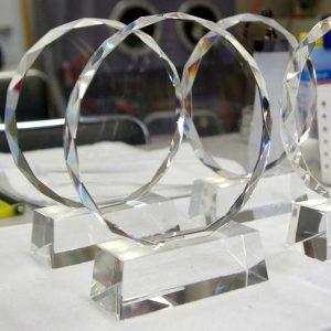 表彰盾 トロフィー クリスタルガラス