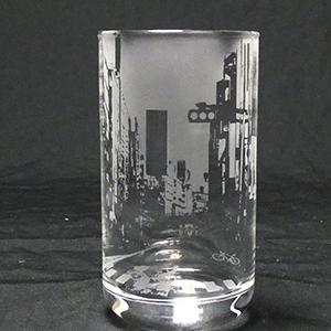 外出自粛で無人の街 サンドブラスト ガラス工芸 埼玉 ガラス彫刻 名入れ彫刻